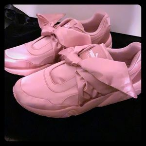 🆕 Puma Fenty by Rihanna sneaker